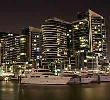 Docklands at Night by grwatt