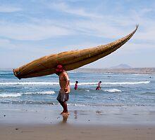 fisherman, Huanchaco, Trujillo, Peru by juan jose Gabaldon