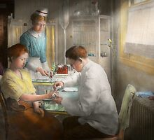 Doctor - Applying first aid - 1917 by Mike  Savad