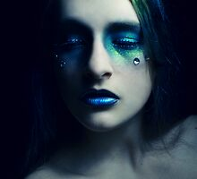She eyes me like a Pisces when I am weak by PorcelainPoet