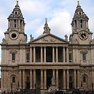St Paul's Cathedral by Peter Reid