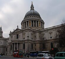 St Paul's Dome by Peter Reid
