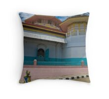 Mesjid Raya, Sungaipenuh Throw Pillow