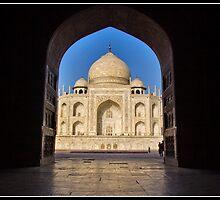 Taj Mahal a different view by Shaun Whiteman