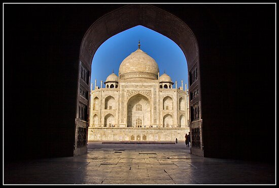 Taj Mahal a different view by Shaun Whiteman