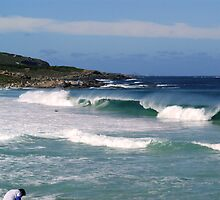 The ocean pounds on to Redgate Beach by georgieboy98