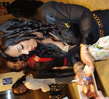 ASHANTI SIGNS AUTOGRAPHS  by DAVID EMERSON