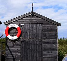 Fisherman's Hut at Southwold Haven by alanfortune