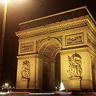 Arc de Triomphe at Night by bubblemonkey