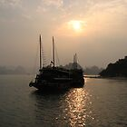 Halong Bay Vietnam by louise1876