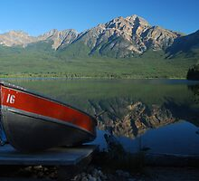 Boat Hire - Patricia Lake by Barbara Burkhardt