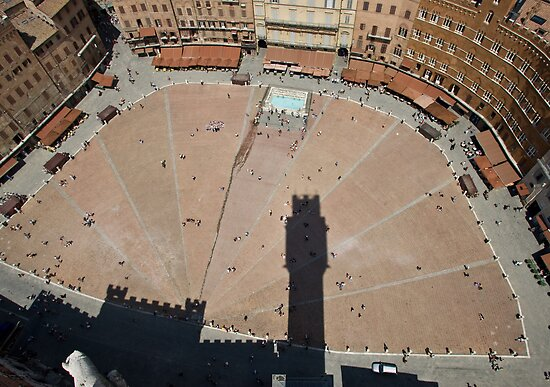 Il Campo, Siena by David Clarke