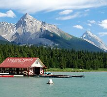 Lake Tours - Maligne Lake by Barbara Burkhardt