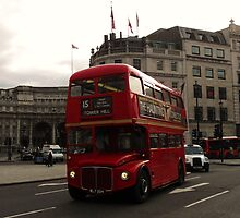 London Bus By Admiralty Arch by farmbrough