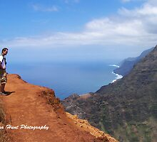 Hiking the Napali Trail  by LenaHunt