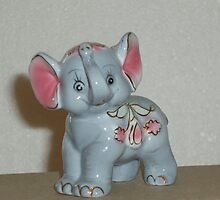 Elephant with two pink ears by Tove