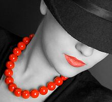 Lips & Beads by VioDeSign