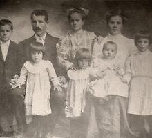 My Grandmother's Family 1910 by vgbg