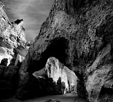 Natural Bridge Canyon by Varinia   - Globalphotos