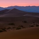 Sunset near Stovepipe Wells, CA by MattGranz