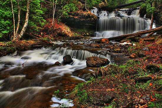 Wagner Falls HDR 2 by Chintsala