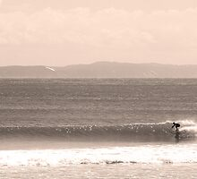 Noosa Nose Glide by Nat Lanyon