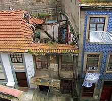 The other face of Oporto by Gili Orr
