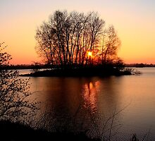 ..islet in fire.. by Eugenio