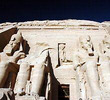 Abu Simbel by suz01
