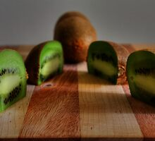 Kiwi still life by Chintsala