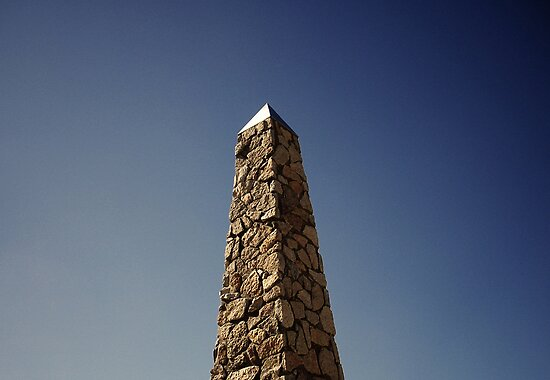 Obelisk of the Southern Sun by Darkermist