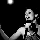 lizzie sings b+w by jon  daly