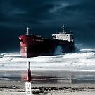 Red Flag Pasha Bulker by Steven Vogel