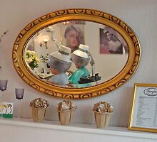 In the mirror - at the hairdresser by Paola Svensson
