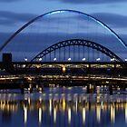 Toon Bridges @ Night by Michael Oubridge