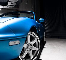 Roadster by tenchi