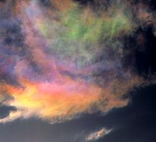 Iridescent Cumulus cloud near Melbourne, Victoria. by Ern Mainka