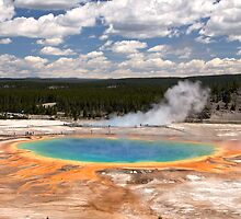 Grand Prismatic Spring, Yellowstone National Park by Gina Ruttle  (Whalegeek)