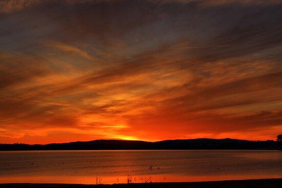 Lake Hume 3 by John Vandeven