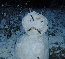 Angry Snowman by DarlingDarkling