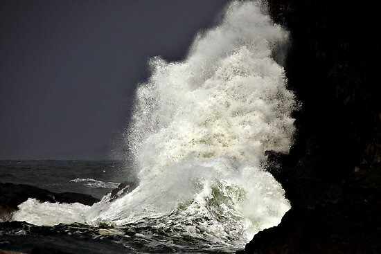 Wave ~ Cliff ~ Get outa the Way... by Paul Manning