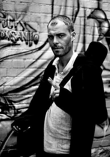 Scotsman in Hosier Lane by Andrew  Makowiecki