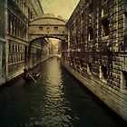 Venice - Bridge of sighs by Roberto Pagani
