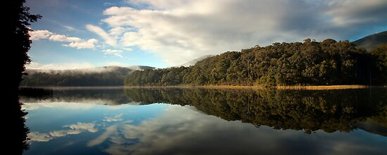 Lake Muratore by Travis Easton