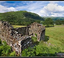 Rundown barn near Rydal Water by Shaun Whiteman