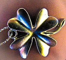 Lucky Clover Charm by Lyndy