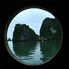 La Bahía de Ha Long by nightflower