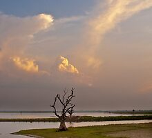 Amarapura Sunset by quotidianphoto
