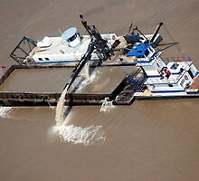 Sand Dredge - Taken from inside the 630 foot Gateway arch.  by barnsis