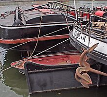 Berlin River Boat by longaray2